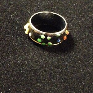 $6 each or ~5~six dollar items for$20~CUTE RING~